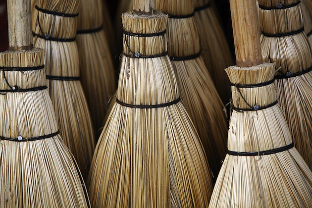 Brooms-and-Christmas-tradition-in-Norway