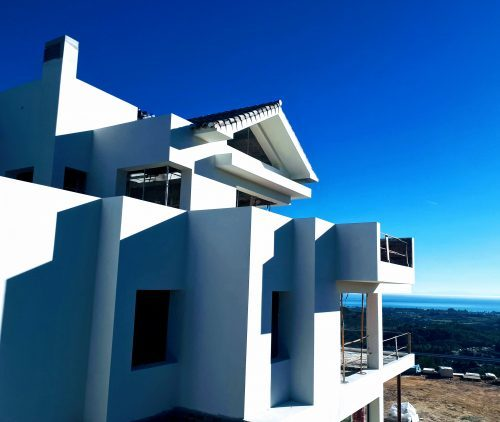 A newly build home with blue sky, Benahavís